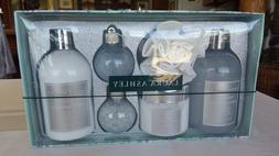 Laura Ashley Gift Set: White Gardenia Shower Gel Body Lotion